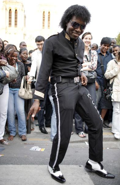 Панихида покоролю поп-музыки Майклу Джексону. Изображение № 30.
