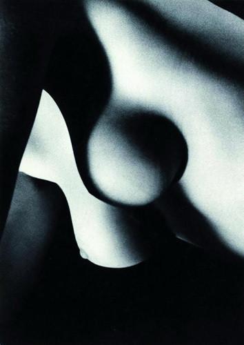 Части тела: Обнаженные женщины на фотографиях 50-60х годов. Изображение № 82.