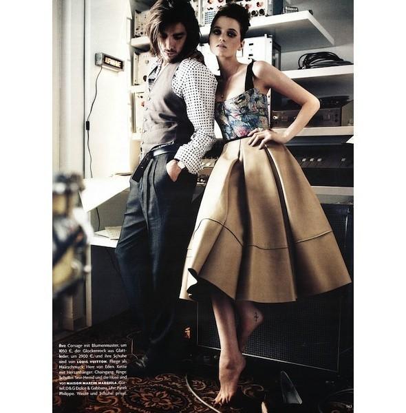 5 новых съемок: Dossier, Elle, V и Vogue. Изображение № 34.