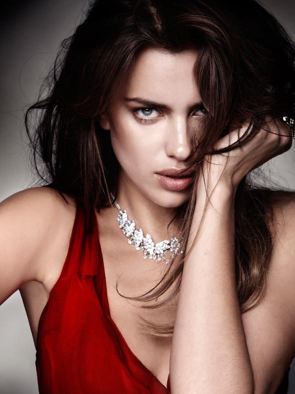 Съемка: Ирина Шейк для Elle Испания. Изображение № 5.