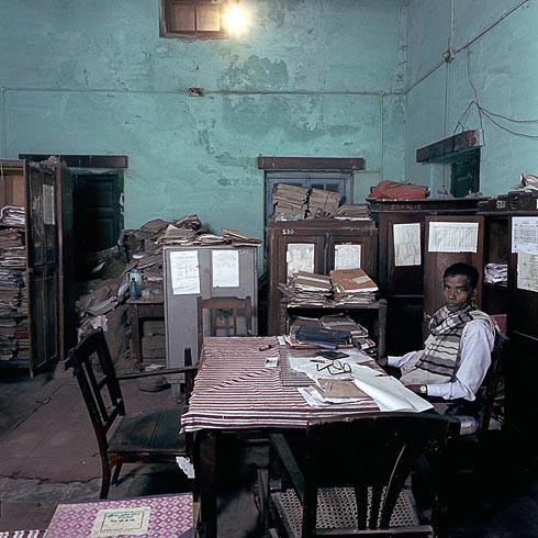Бюрократы глазами Jan Banning. Изображение № 31.