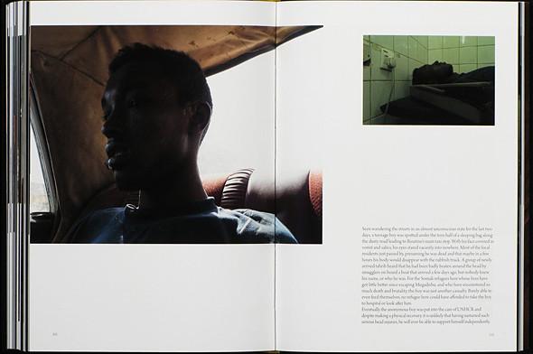 12 альбомов фотографий непривычной Африки. Изображение № 59.