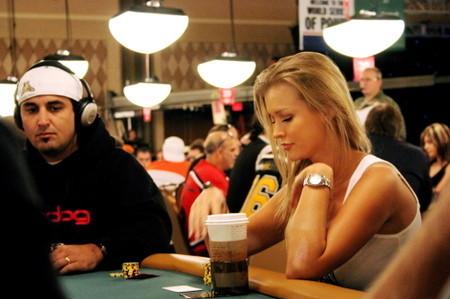«Покер: Элегантный феномен азарта». Изображение № 3.