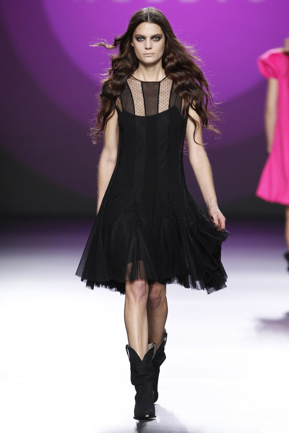 Madrid Fashion Week A/W 2012: Teresa Helbig. Изображение № 11.