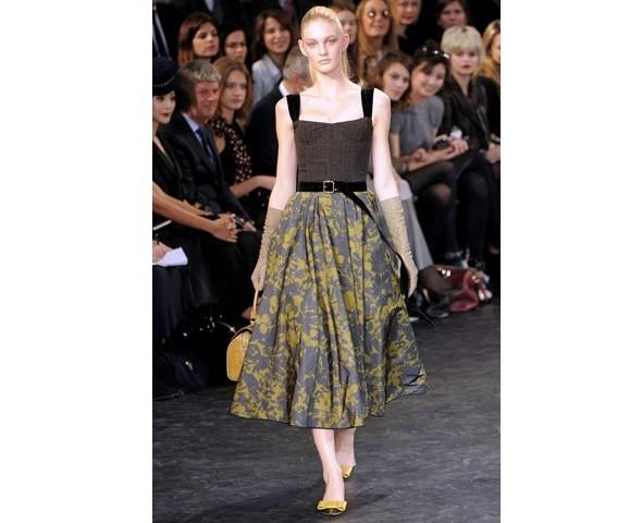 Можно все: Модели на показе Louis Vuitton. Изображение № 3.