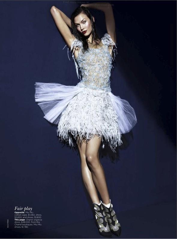 Съёмка: Карли Клосс для австралийского Vogue. Изображение № 3.