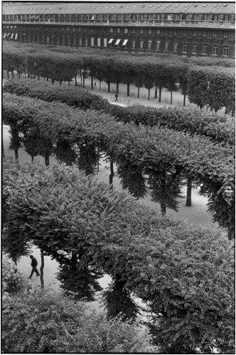 Работы французского фотографа Henri Cartier-Bresson. Изображение № 3.