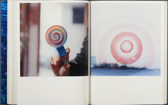 20 фотоальбомов со снимками «Полароид». Изображение №52.