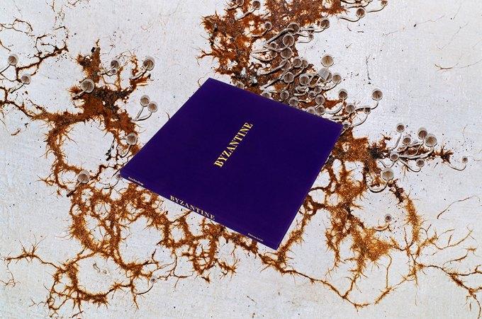 Фотографы Synchrodogs выпустили книгу. Изображение № 1.