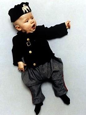 Коллекция костюмов мировых диктаторов для детей. Изображение № 3.