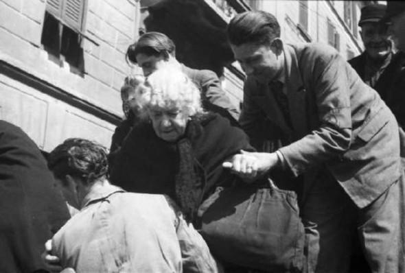 100 лет выборов в документальных фотографиях. Изображение № 11.