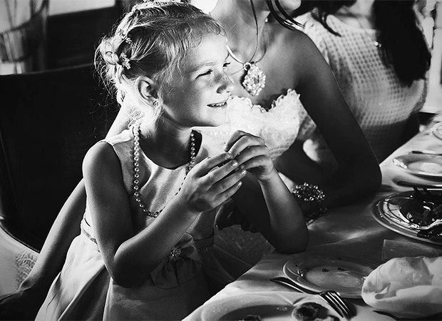 «Жених — существо малозначимое»: Горькая правда о свадебной фотографии. Изображение № 11.