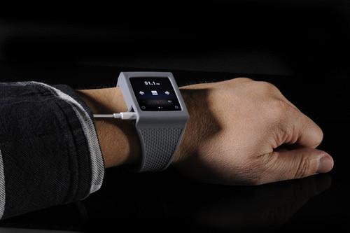 Элегантное превращение iPod nano в эффектные наручные часы. Изображение № 6.