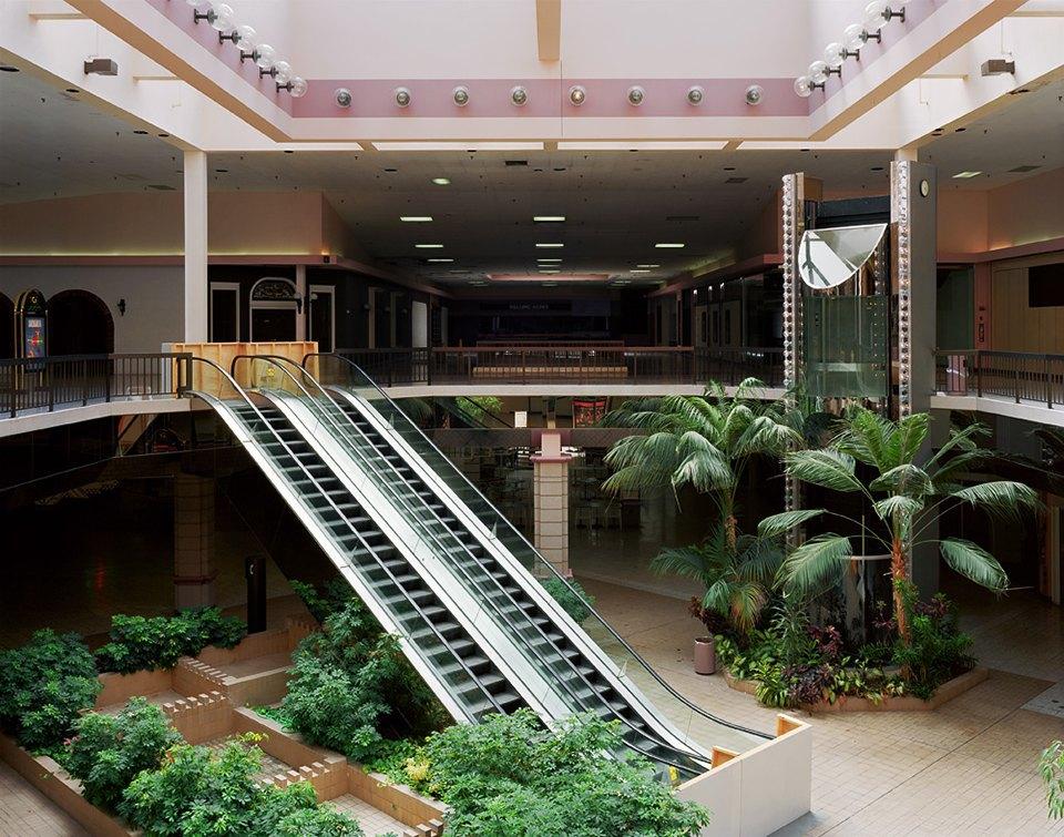 Фото: заброшенные магазины и торговые центры. Изображение № 9.