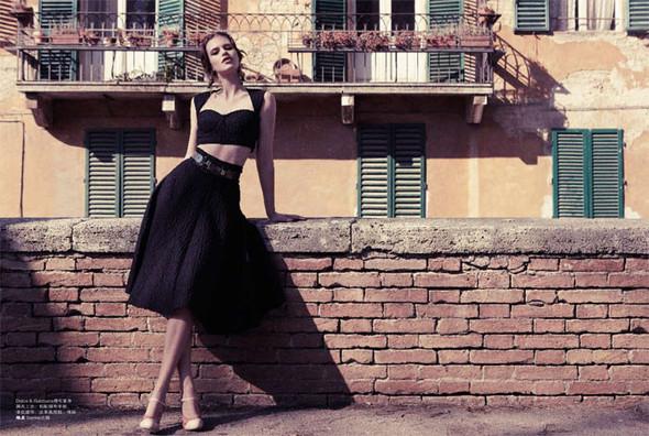 Съёмки: Playing Fashion, Schon, Vogue и другие. Изображение № 24.