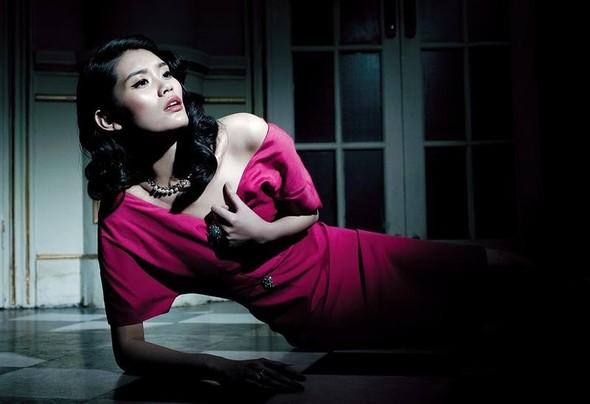 Съёмка: Мин Си для китайского Vogue. Изображение № 4.
