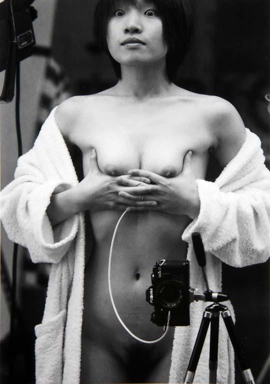 Обнажённые автопортреты непрофессиональных моделей. Изображение № 13.