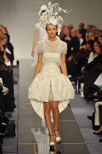 Chanel Spring 2009 Haute Couture. Изображение № 61.