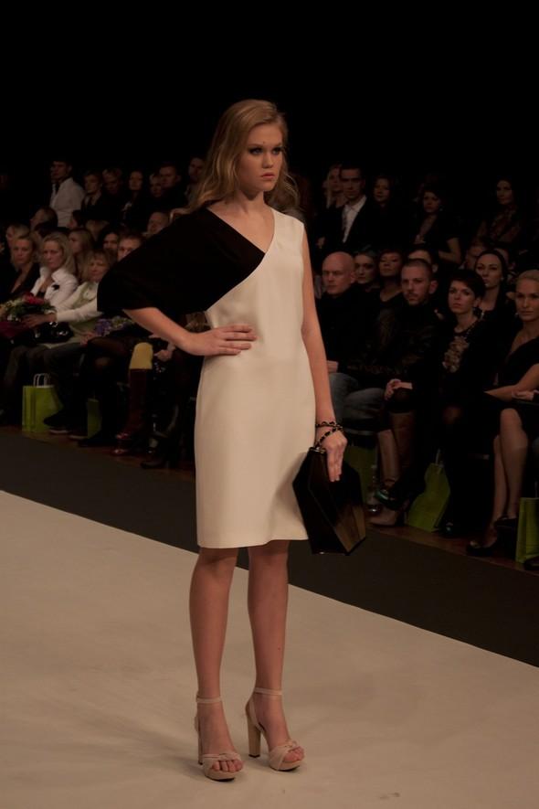 Riga Fashion Week 2011. Изображение № 37.