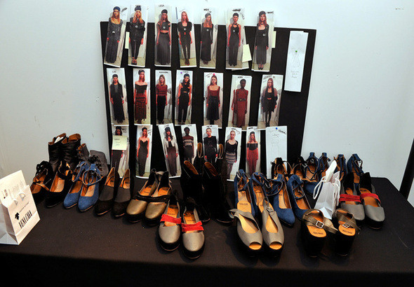Изображение 9. Неделя моды в Нью Йорке: Бэкстэйдж.. Изображение № 9.