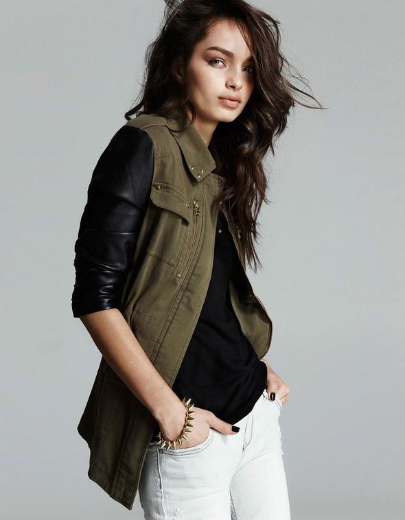 Лукбуки: H&M, Zara, Urban Outfitters и другие. Изображение №56.