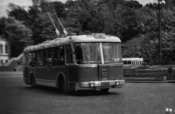 Первые троллейбусы. Изображение № 22.
