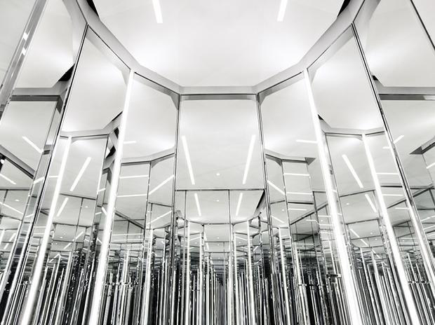 Эди Слиман разработал дизайн бутика Saint Laurent. Изображение № 4.