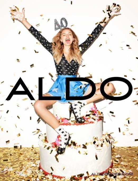Кампания: Терри Ричардсон и Лили Дональдсон для Aldo FW 2011. Изображение № 6.