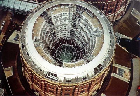 Мечты о другой жизни: Архитектура на грани реальности. Изображение № 22.