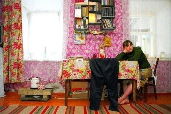 Дочь шахтера, Стаханов, Украина. Изображение № 20.