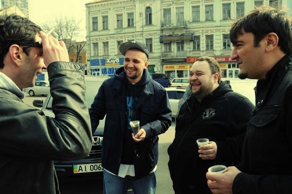 """Баста и Бумбок сняли клип на трек """"Солнца не видно"""". Изображение № 9."""