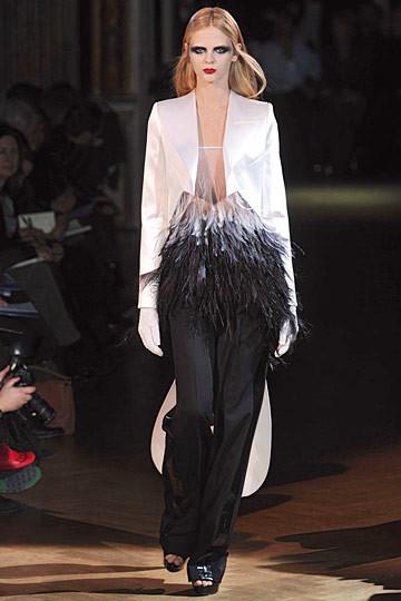 Неделя моды в Париже: Haute Couture. Изображение № 52.