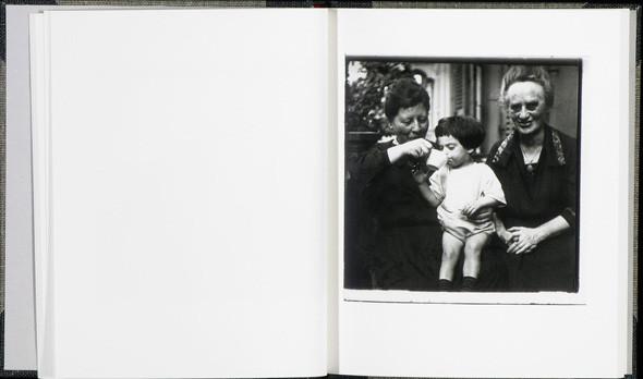 13 семейных альбомов. Изображение № 156.