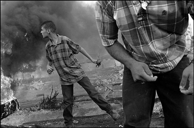 Современные мастера фотографии. Larry Towell. Изображение № 23.