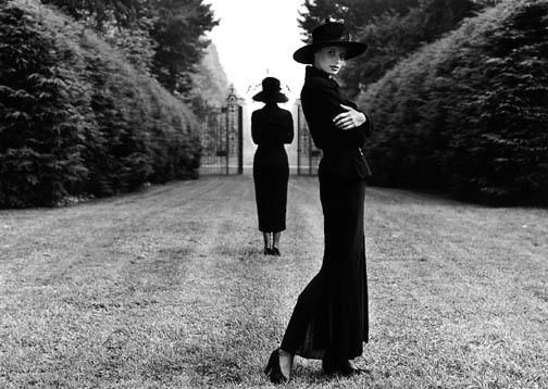 Изображение 37. Восемь фотографов сюрреалистов.. Изображение № 12.