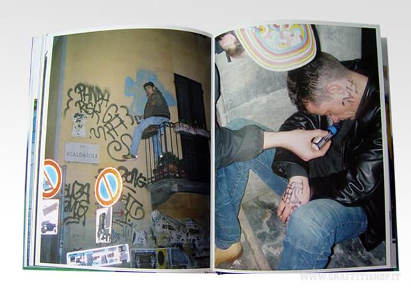 Народ против: 12 альбомов о социальном искусстве. Изображение № 106.