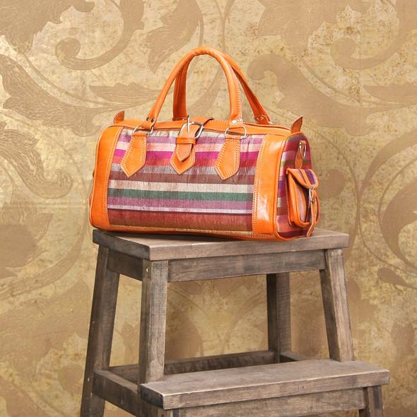Открылся новый магазин модных сумок и аксессуаров. Изображение № 3.