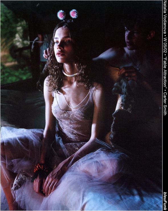 Архивная съёмка: Наталья Водянова для W, 2002. Изображение № 5.