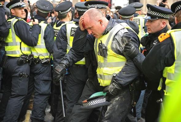 Лондон. Митинг. Изображение № 1.