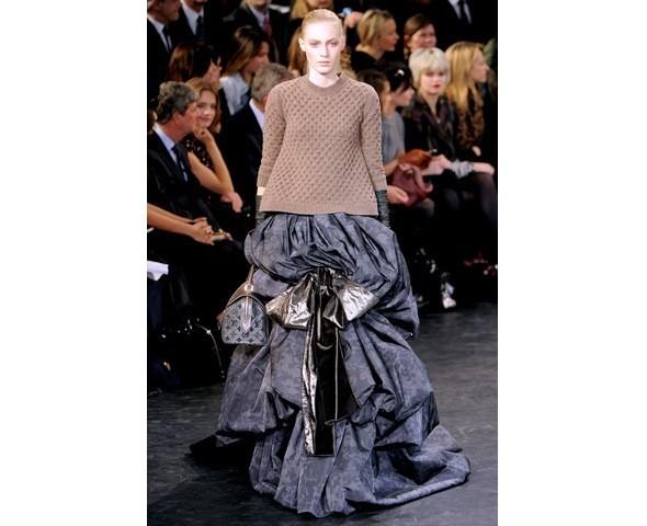Можно все: Модели на показе Louis Vuitton. Изображение № 38.