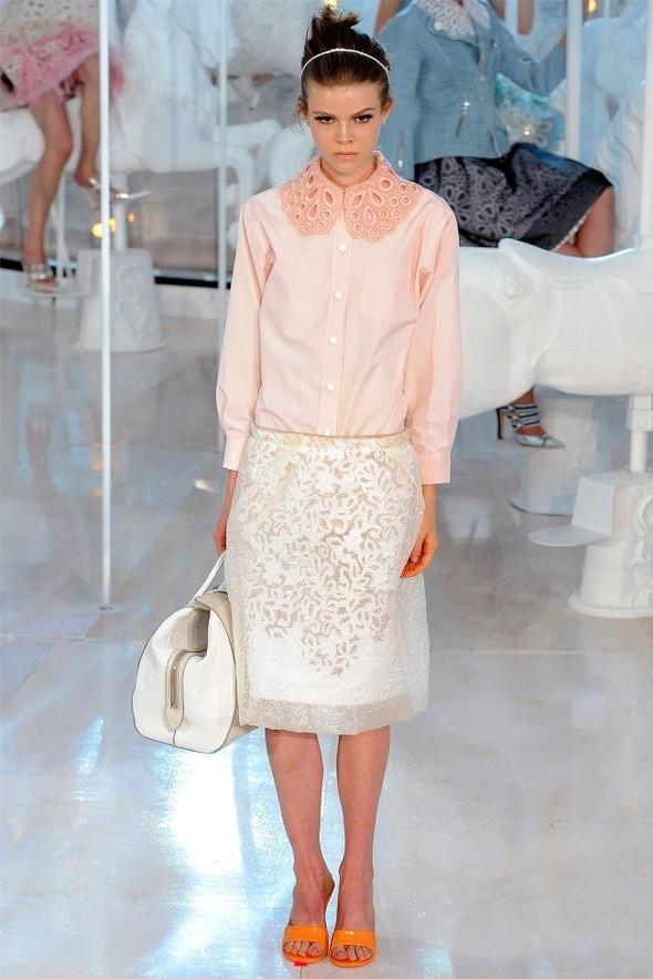 Неделя моды в Париже: Louis Vuitton весна 2012. Изображение № 10.