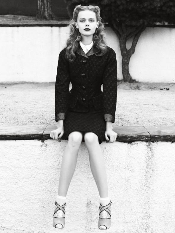 Съёмка: Фрида Густавссон для Elle. Изображение № 4.
