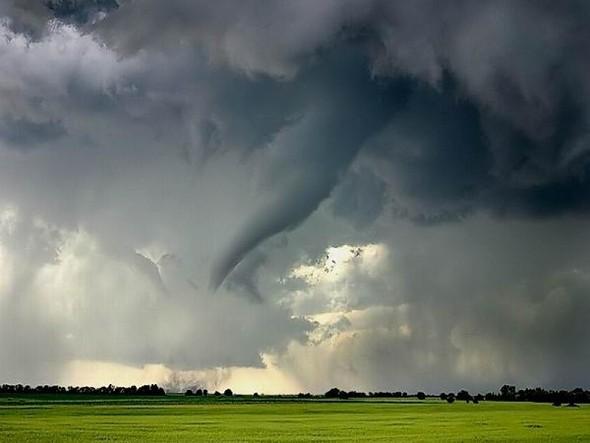 Переменная облачность. Изображение № 39.