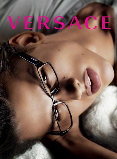 Кампания Versace SS 2010. Изображение № 16.