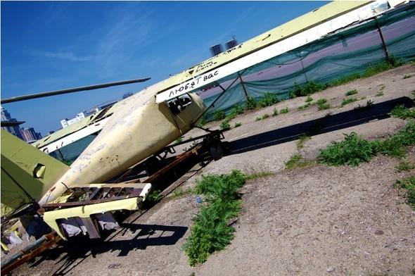 Сто рублей охраннику кладбища советской авиации. Изображение № 14.