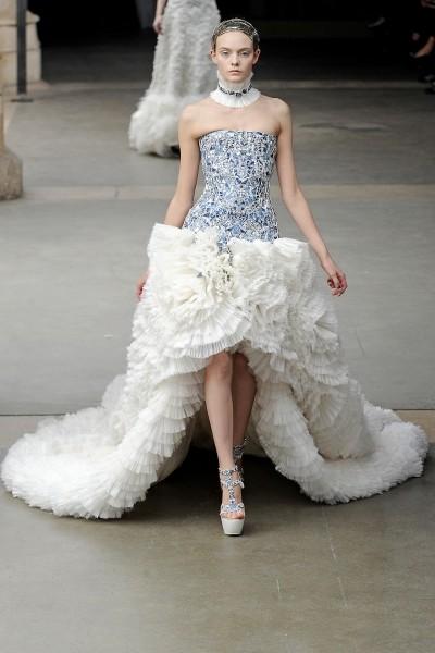 О фарфоровом платье ALEXANDER MCQUEEN и Саре Бёртон. Изображение № 1.