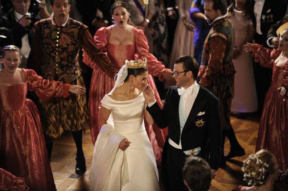 Свадьба шведской кронпринцессы Виктории. Изображение № 18.