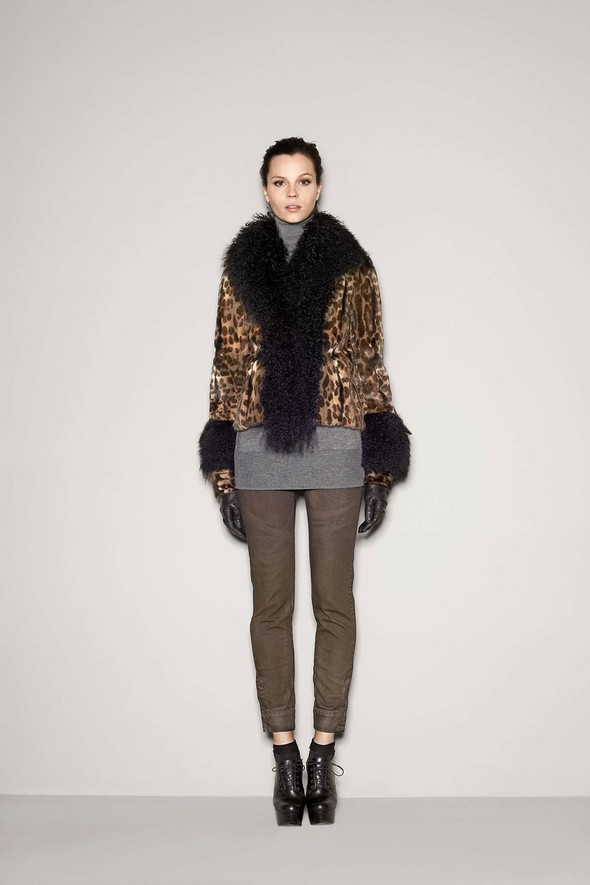 Лукбук: Dolce & Gabbana FW 2011 Women's. Изображение № 50.