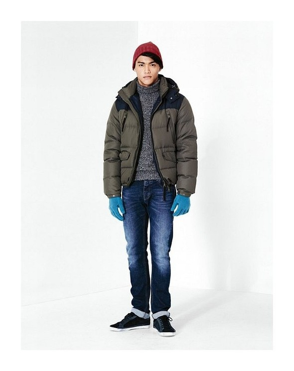 Лукбук: United Colors of Benetton Fall 2011 Menswear. Изображение № 6.