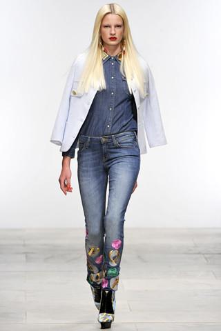 Fashion Digest: Главные новости моды за две недели. Изображение № 18.
